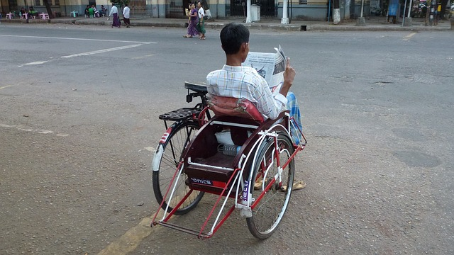 čtení na vozíku
